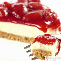 Strawberry Cheesecake Pie Premium